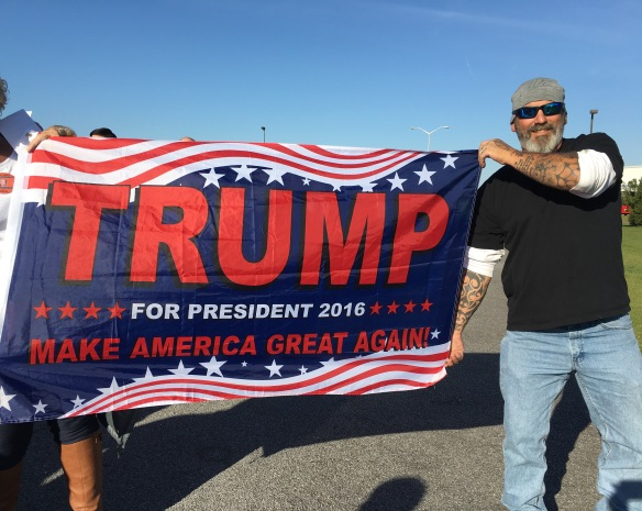 trump-rally-oct-26-2016-trump-sign